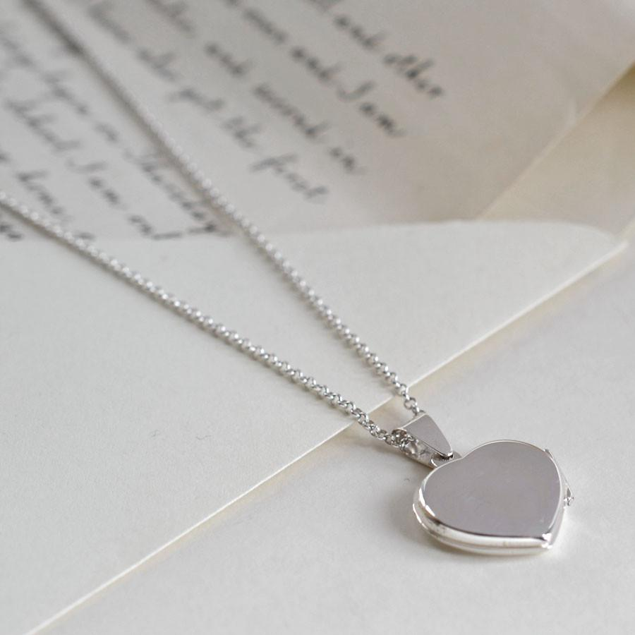 Silver Classic Heart Locket