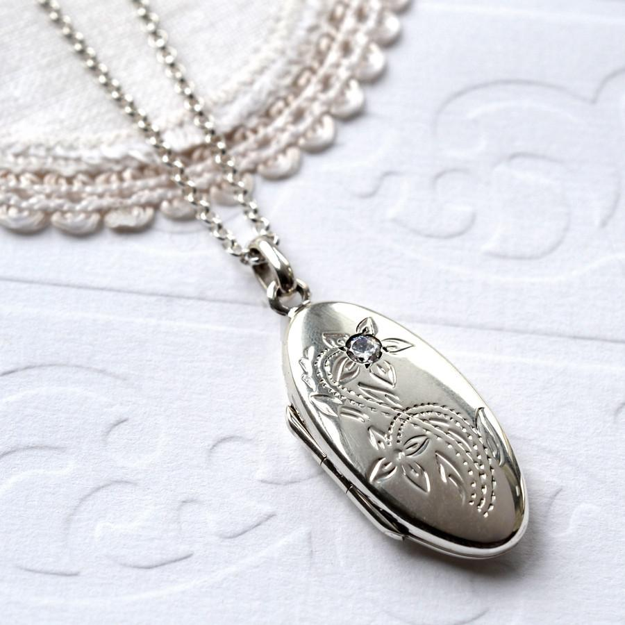 Silver Cubic Zirconia Oval Locket