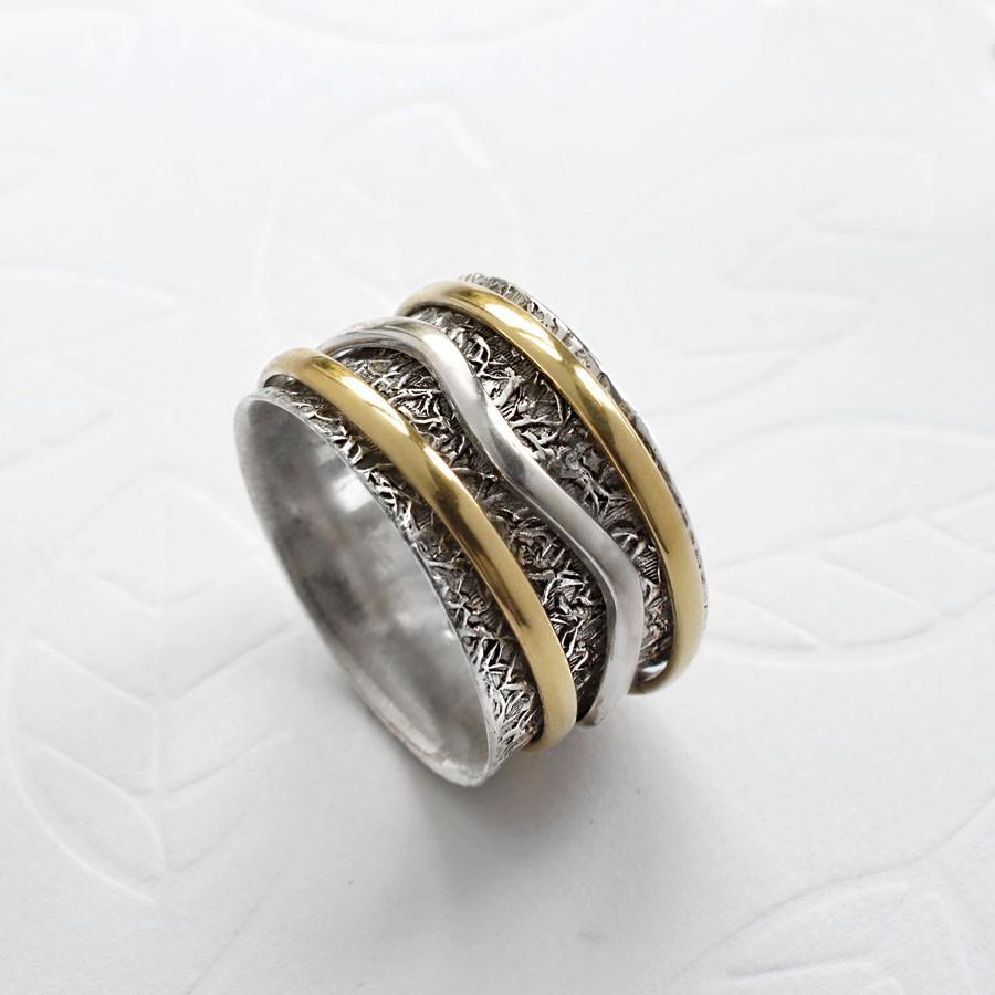 Mixed Metal Spinning Woodland Ring