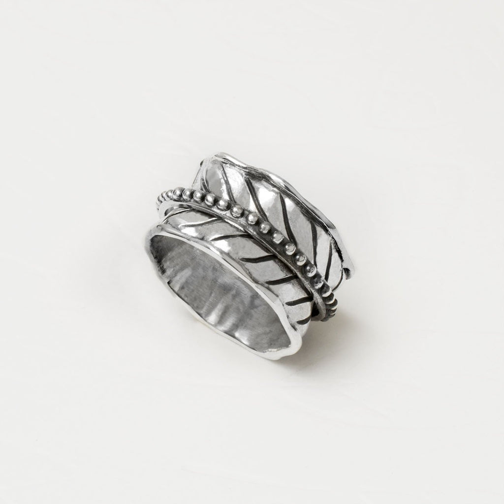 Silver Spinning Leaf Ring