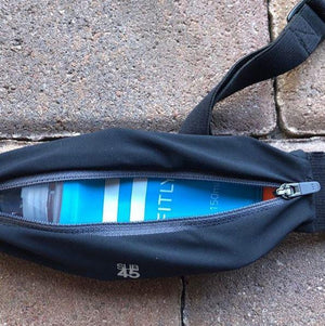 Soft flask Fitly Run : hydration inside belt pocket