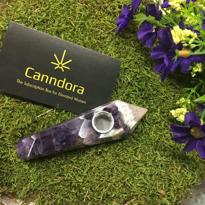 The Canndora Puff Pipe: Cannabis Consumption for Queens