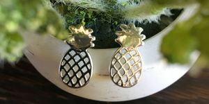 Pineapple Stud Earrings (Silver)