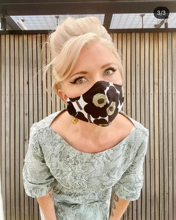 Marimekko Ladies Face Mask. Black.