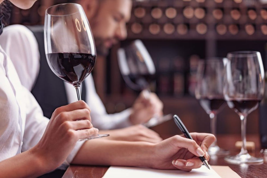 Sommelier Salary in the USA | Wine Jobs Salaries Analysis