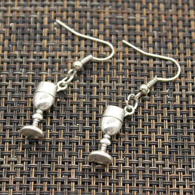 Wine glass Earrings - Wine Shadow