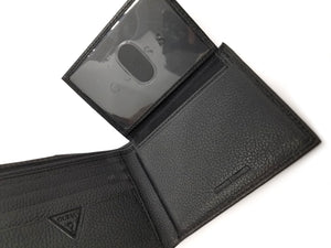 Guess Men's Passcase Billfold Wallet