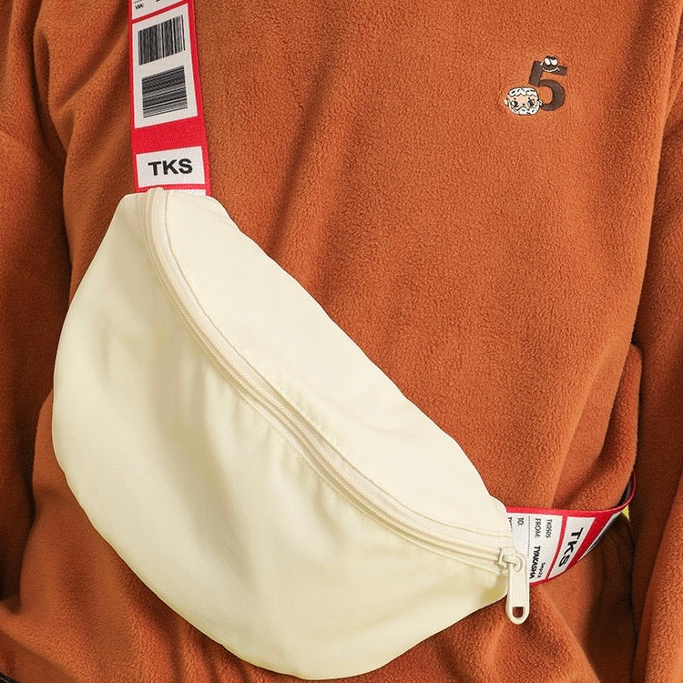 Flight tag pouch