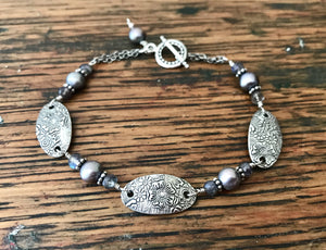 Silver Floral Oval Link Bracelet with Purple Freshwater Pearls and Blue Labradorite Gemstones