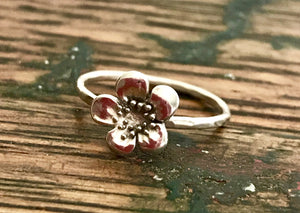 Sterling Silver Solitaire Flower Ring