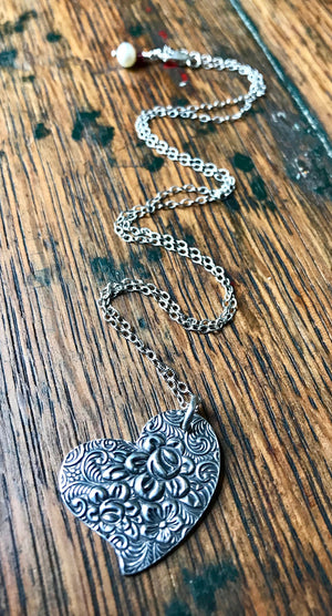 embossed floral silver heart pendant necklace on chain