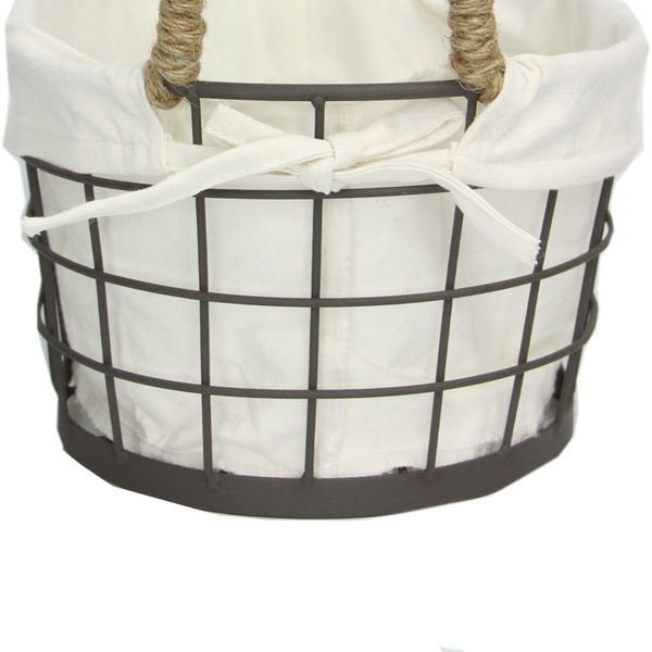 Wire Basket With Liner M