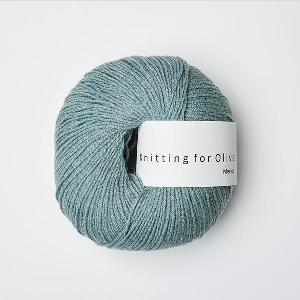 Knitting for Olive Merino Fingering yarn made with 100% Merino wool in Italy by environmentally sound methods