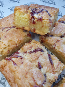 The White Chocolate & Raspberry Jam Postal Blondie Box