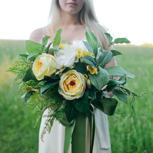 Chamomile bridal bouquet