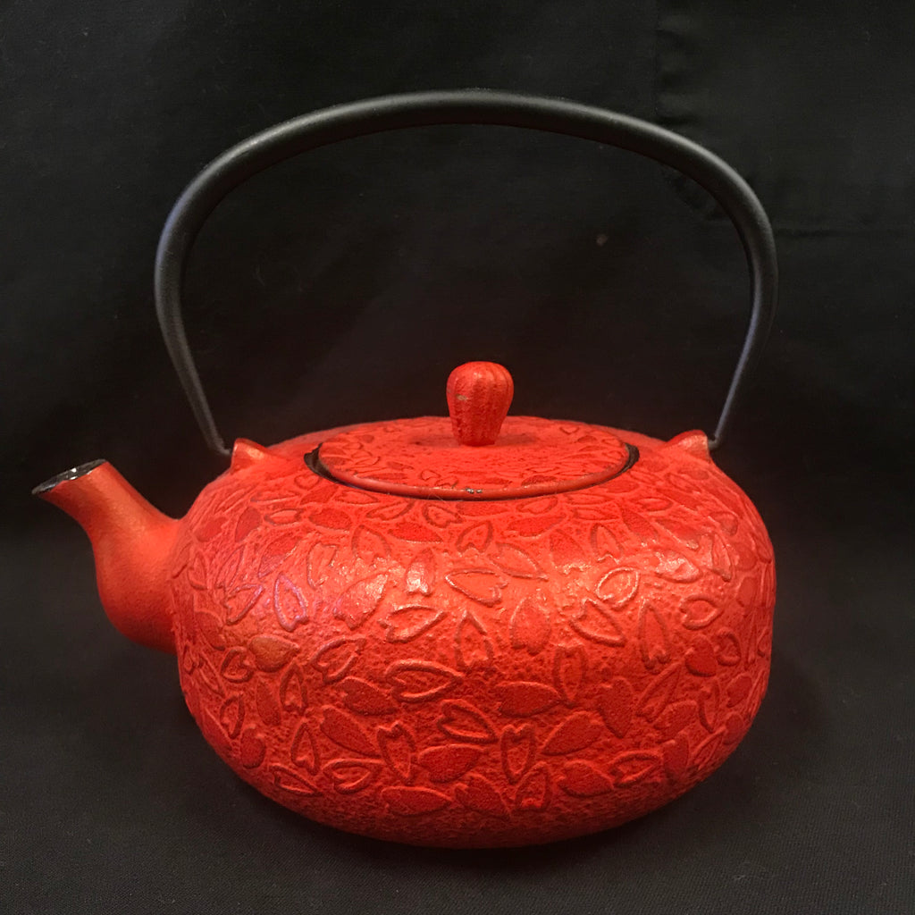 Cast Iron Tea Pot - Hearts