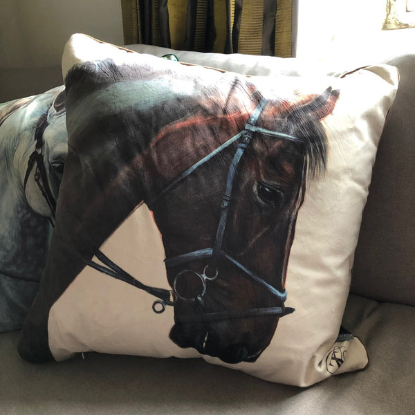 Bay Horse on Cream velvet cushion