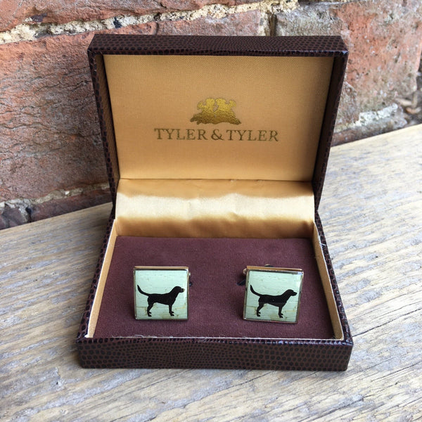 Tyler & Tyler Square Cufflinks with black labrador image on the front. Presented in a Tyler & Tyler box