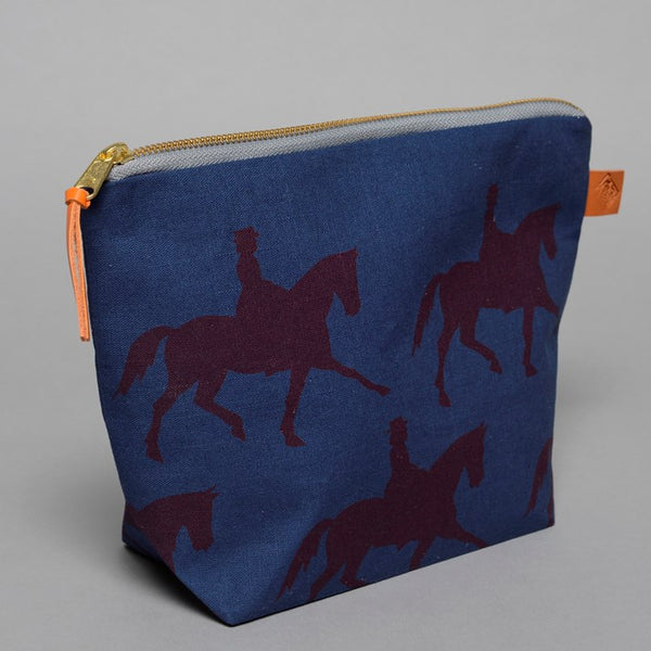 Navy Linen Dressage Rider Wash Bag