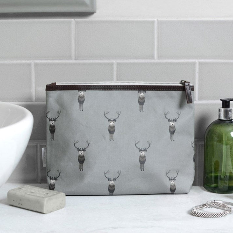 Sophie Allport Highland Stag Washbag with zip top