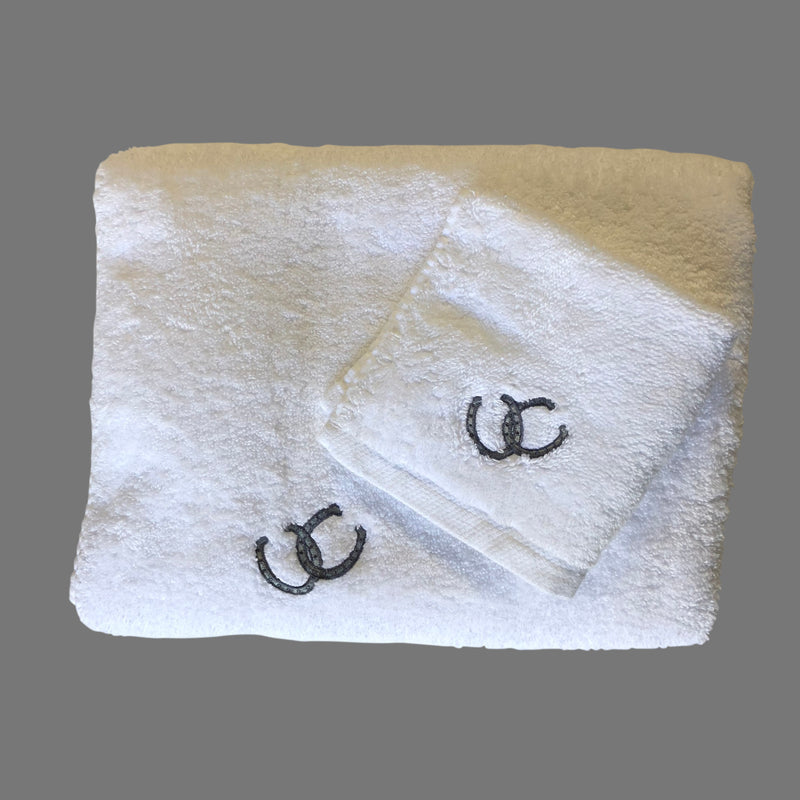 White Horseshoe His and Hers Bath Towel Set
