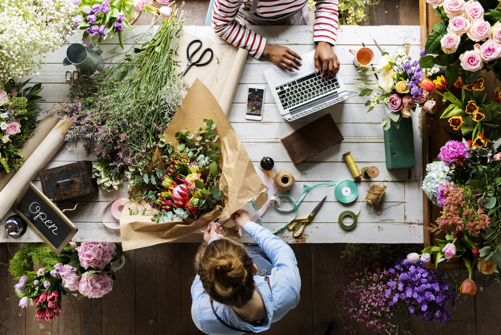 How to become a Flower Expert - Online Guide to Floristry Training