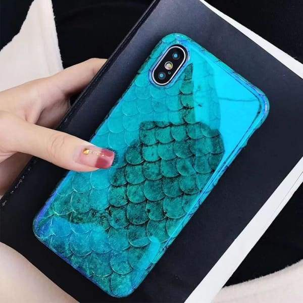 Laser Blue Fish Scale Retro Phone Back Cover Cases