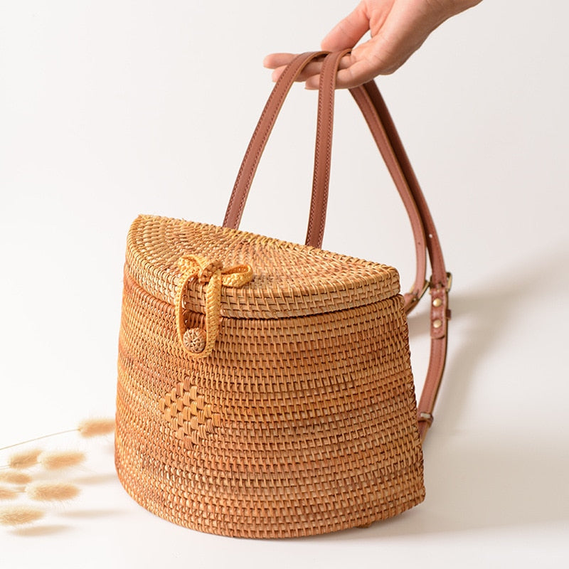 2020 Summer Women Handmade Woven ladies holidayTravel Picnic Beach Basket Backpack Straw Bags Rattan Boho chic retro wicker natural knitting bohemian shoulder