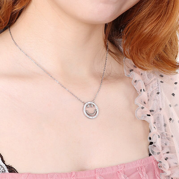 Female's Simple Design Small Fresh Lucky Smiley Pendant Link Chain Necklace