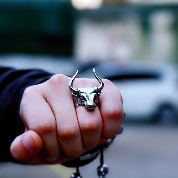 Trendy Guys Jewelry Stainless Steel Bull Head Horn Punk Ring