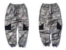 Load image into Gallery viewer, Big Pocket Camo Joggers