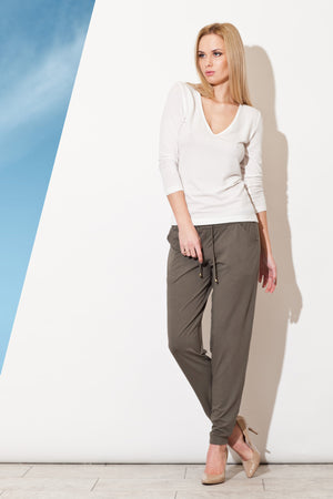 Women trousers model 29399 Figl