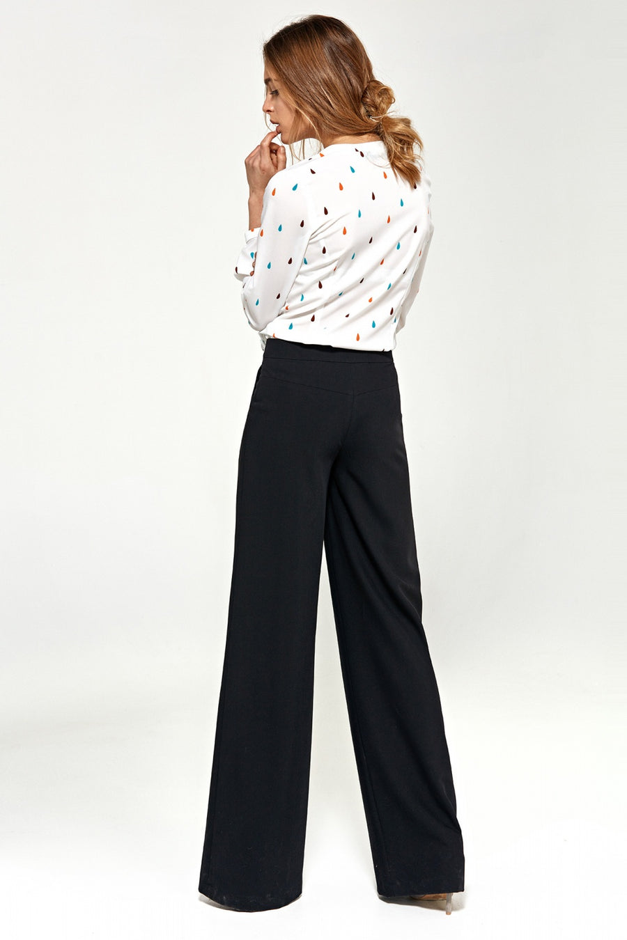 Women trousers model 118815 Nife