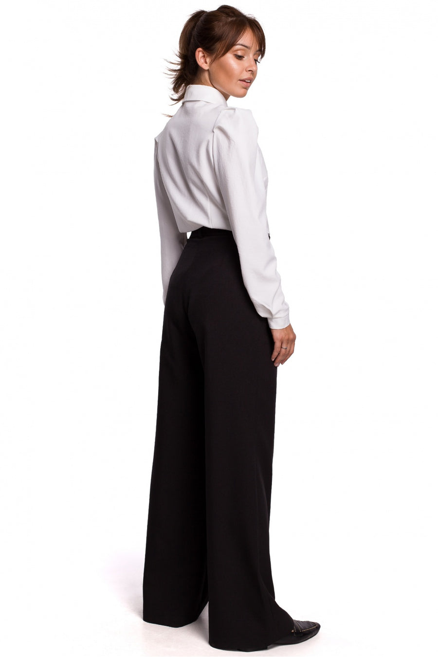 Women trousers model 147222 BE