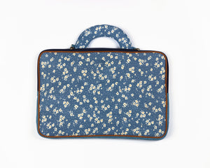 'Water Lily' Laptop Sleeve
