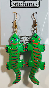 Green Yellow Black Gecko Dangle Earrings Handmade by Stefano Bali Artisans Vintage Factory Prices Collectible