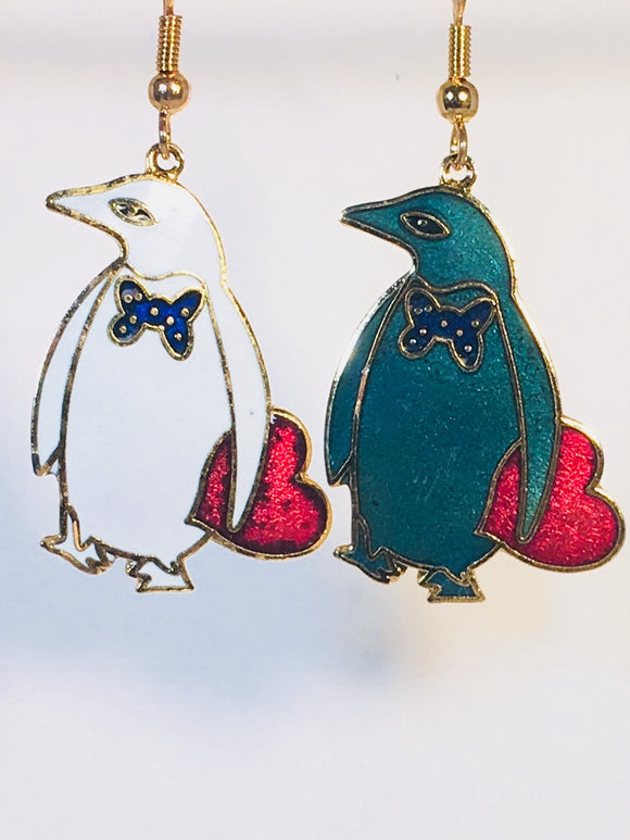 Penguin with Heart Stefano Earrings Vintage ( new ) Cloisonne dangle gold plate Factory Prices Collectible