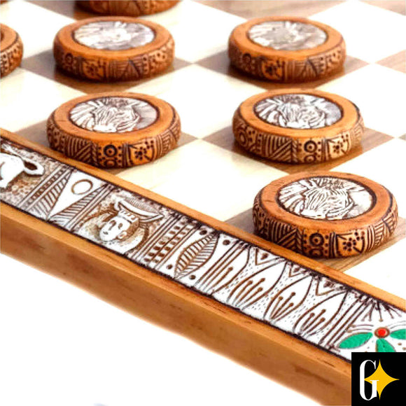 African Animals Checkers / Draughts Board Game