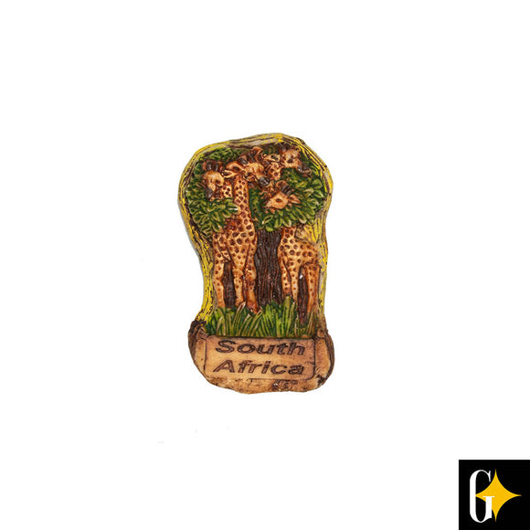 Top view of the giraffe pair magnet. Buy this African gift now.