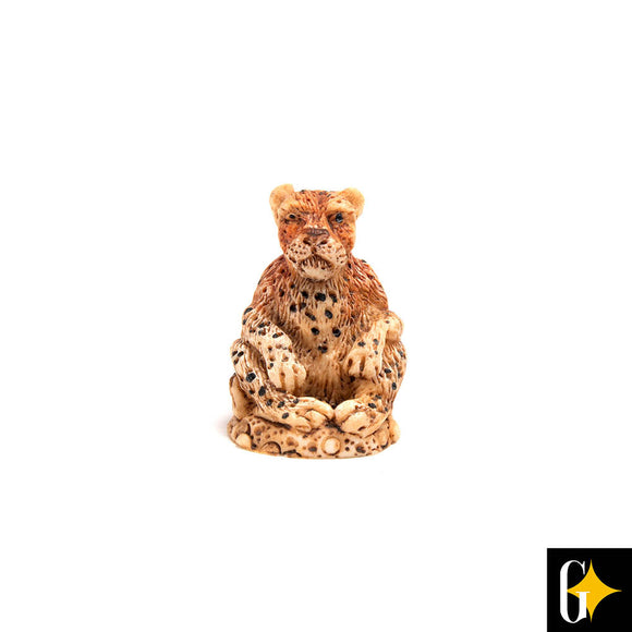 Top view of the leopard collectable. Buy this African gift now.