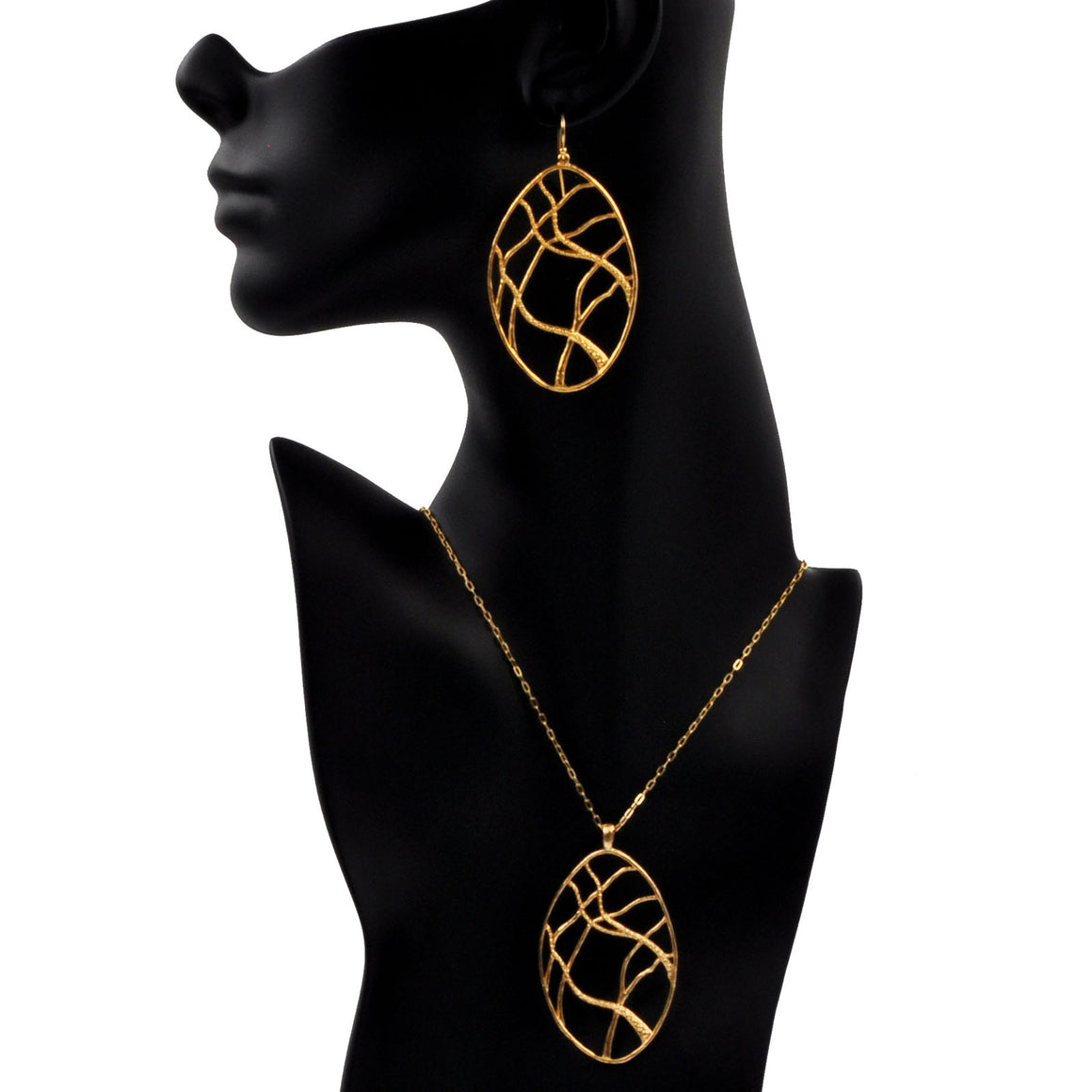 Intricate Branches Oval Necklace - 24K Gold Plated