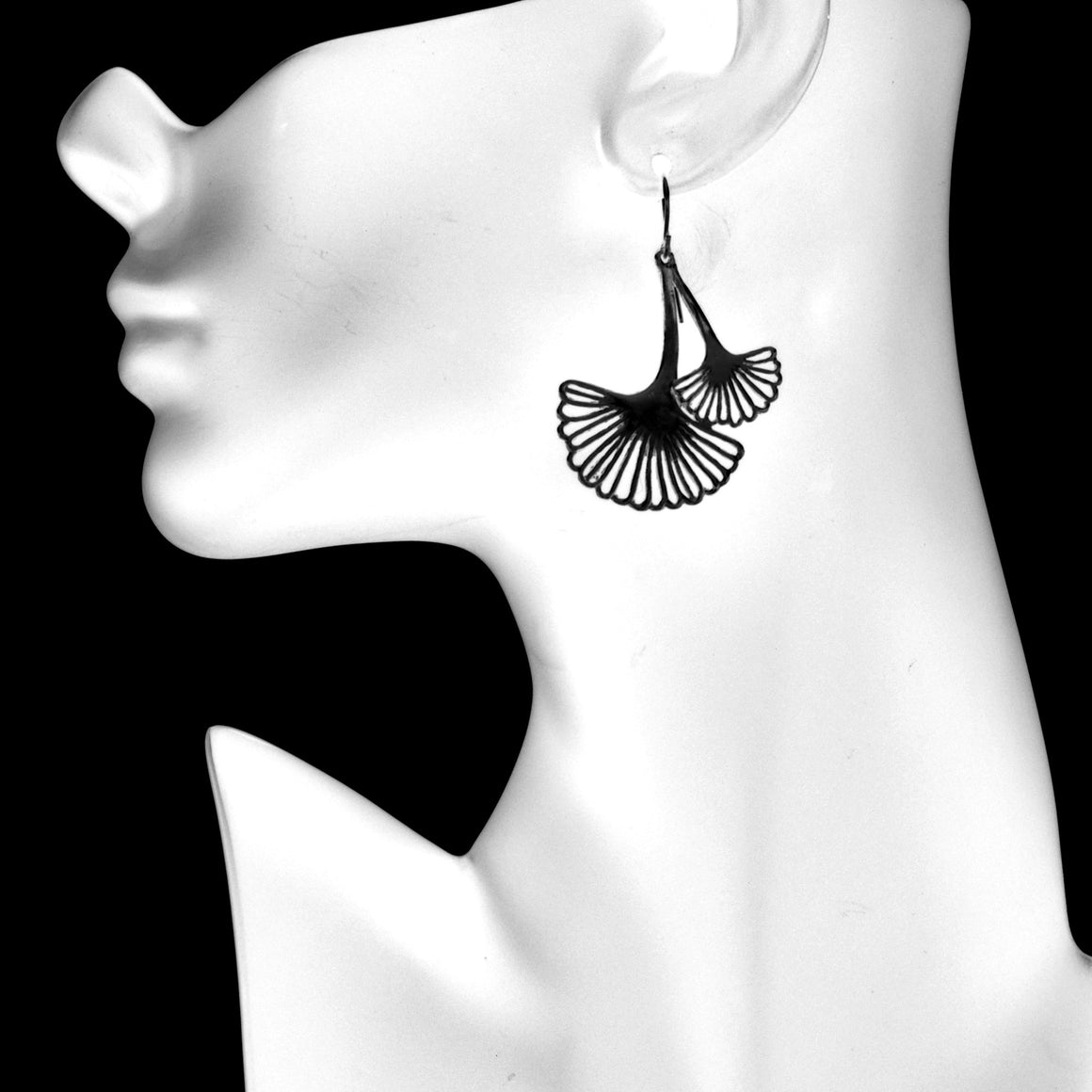Ginkgo Cascading Leaf Earrings - Gunmetal