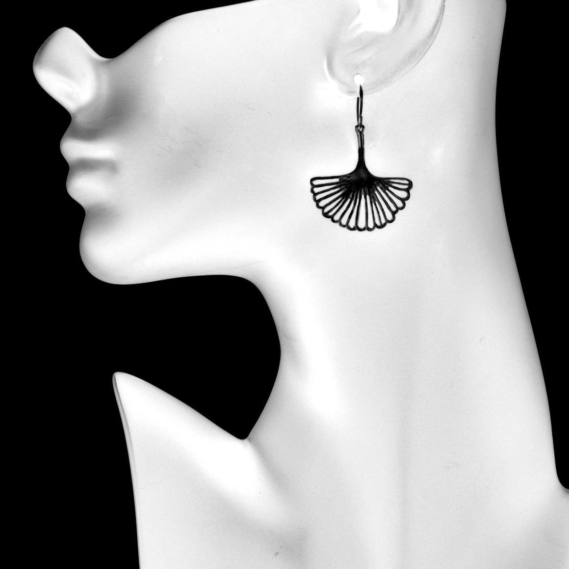 Ginkgo Leaf Earrings (Medium) - Gunmetal