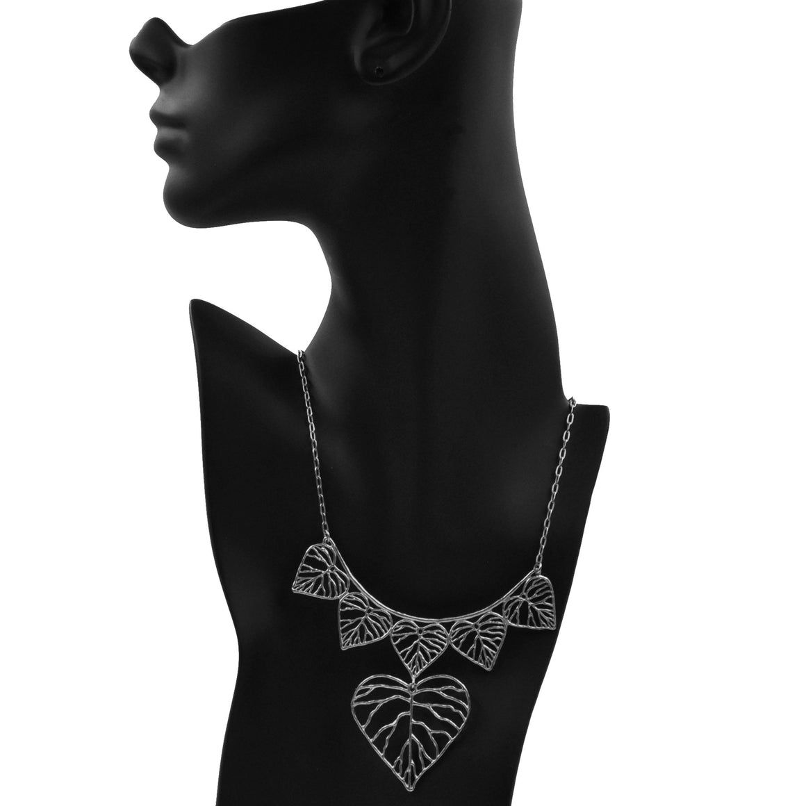 Heart Leaf Collar Necklace - Platinum Silver