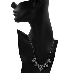 Heart Leaf Dimensional Necklace (Five Hearts) - Platinum Silver