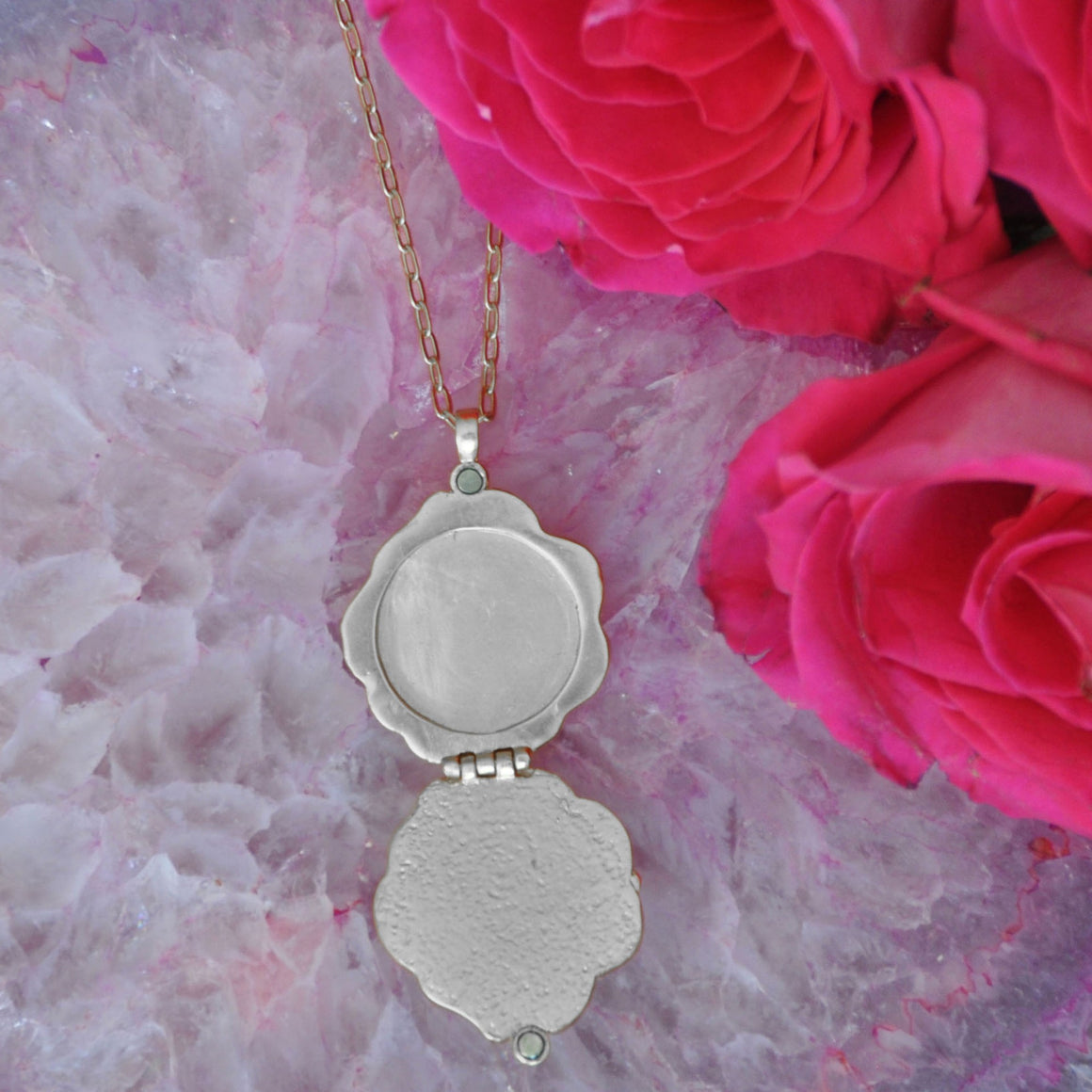 Rose Locket - Platinum Silver