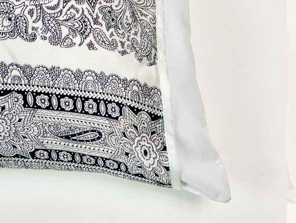 Black & White Paisley Pillow Sleeve