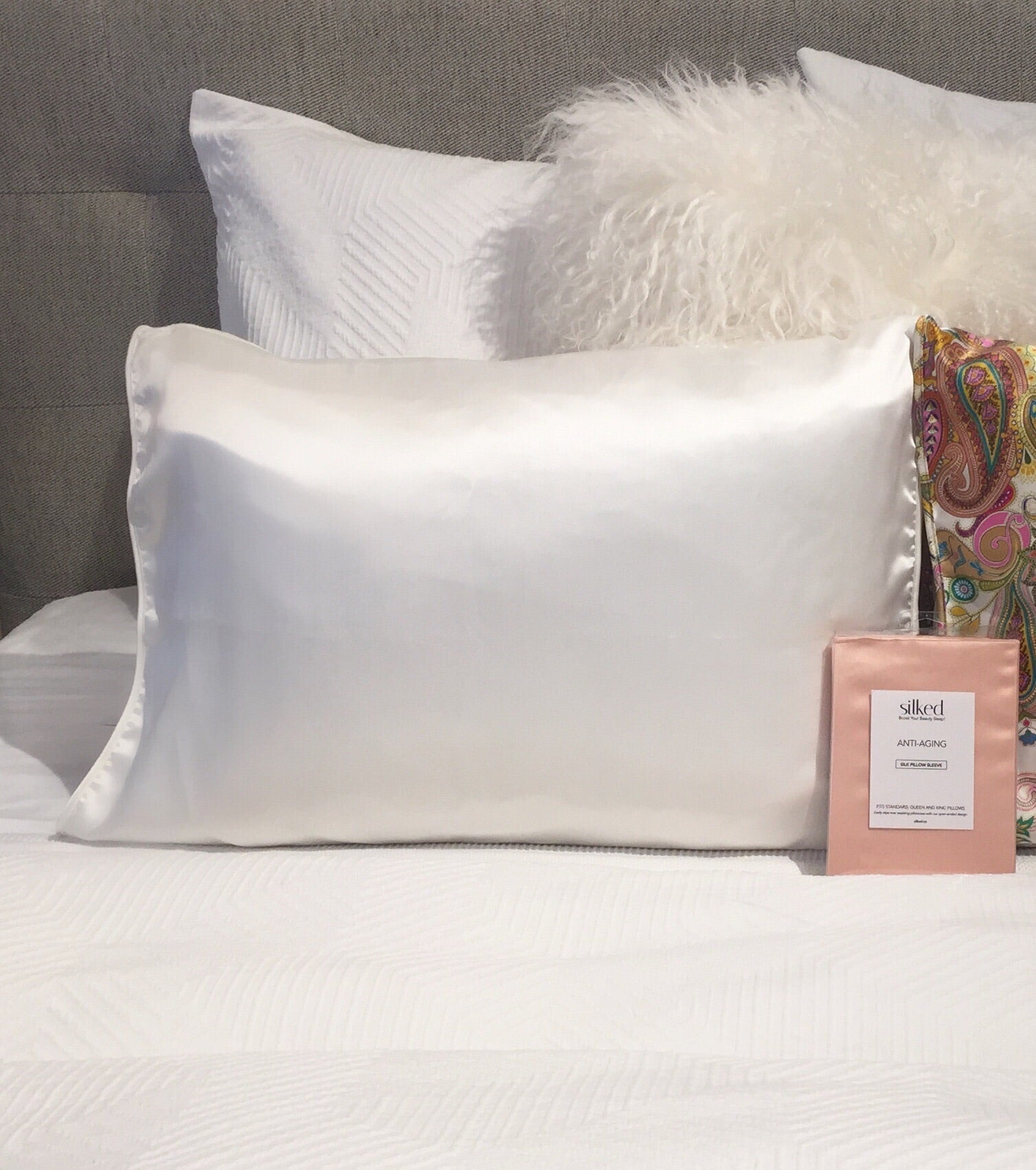 Silked Silk Pillowcase Pillow Sleeve 100% Silk #1 Best Seller Made in USA Hotel Travel Beauty Product Antibacterial Hypoallergenic