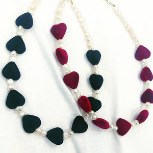Velvet hearts necklace