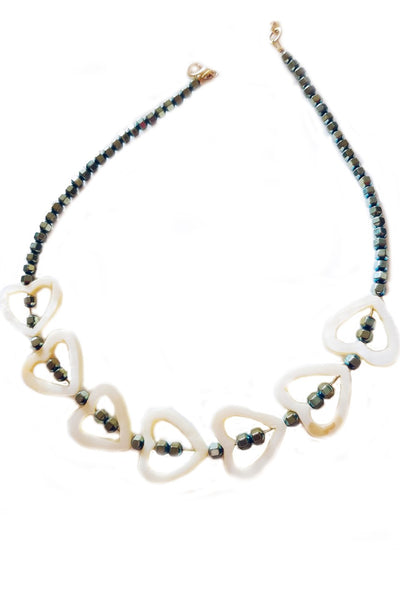 Hematite and fildisi necklace